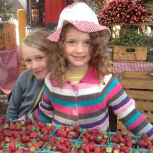 Kids at Lonsdale Farmers Market