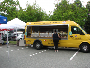 The-Breadmobile-offers-Delicious-fresh-baked-goods-at-Burnaby-Farmers-Market